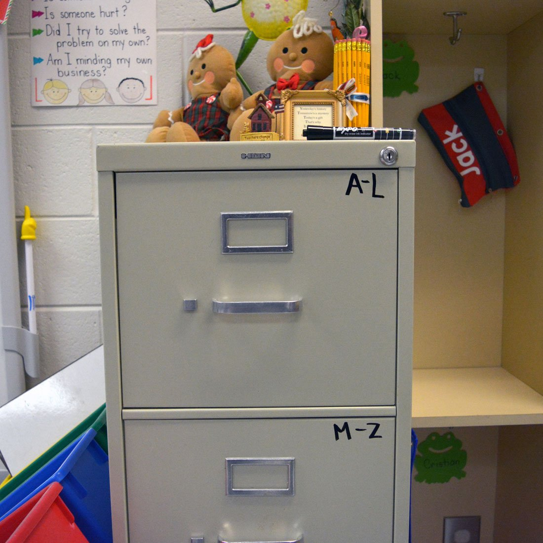 drawers-of-filing-cabinet-labeled-by-alphabet.jpg